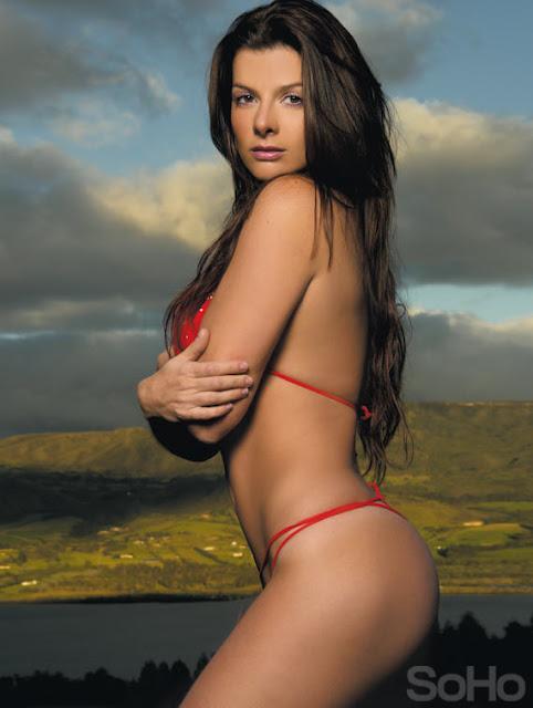 Mujer rica desnuda gratis buena 45