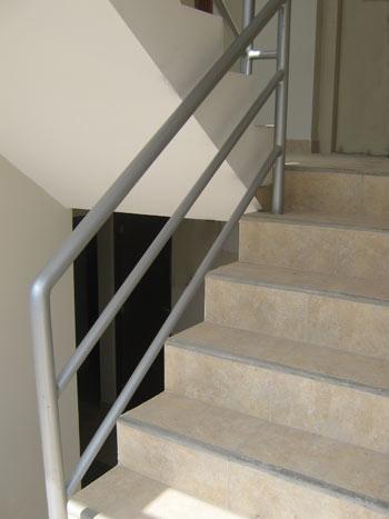 Carpinteria metalica barandas pasamanos - Barandas para escaleras de interior ...