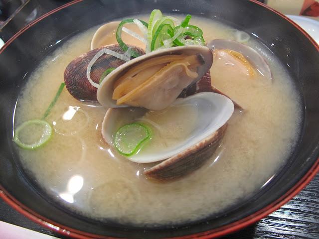 Tsukiji Fish market tokyo sushizanmai sushi zanmai clam miso soup