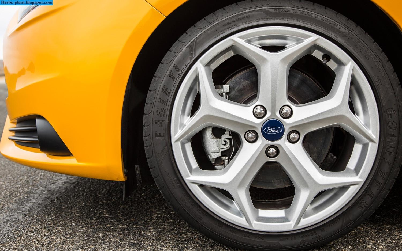 Ford focus car 2013 tyres/wheels - صور اطارات سيارة فورد فوكس 2013