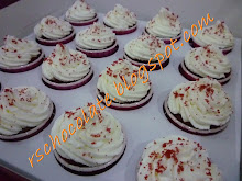 Cup Cake Red Velvet - RM 45.00 (size M - 16 pcs)