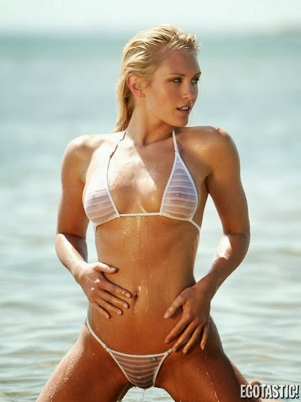 Nicky Whelan Hot Bikini Nicky Whelan Hot Bikini Nicky Whelan Hot