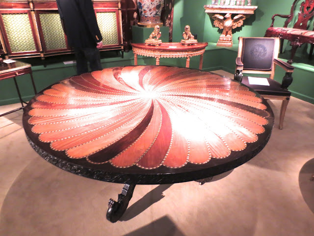 Round table inlaid with wood and ivory