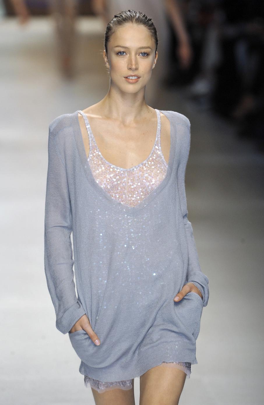 Stella McCartney Spring/Summer 2009 via fashioned by love british fashion blog