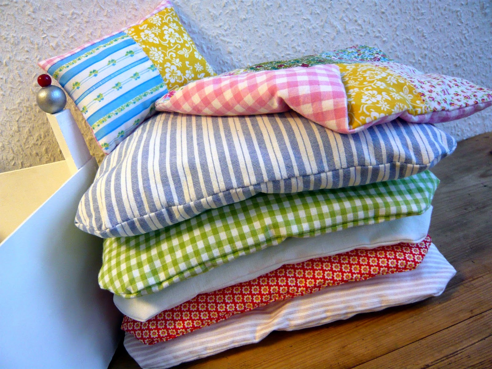 stich farben 16 dezember. Black Bedroom Furniture Sets. Home Design Ideas