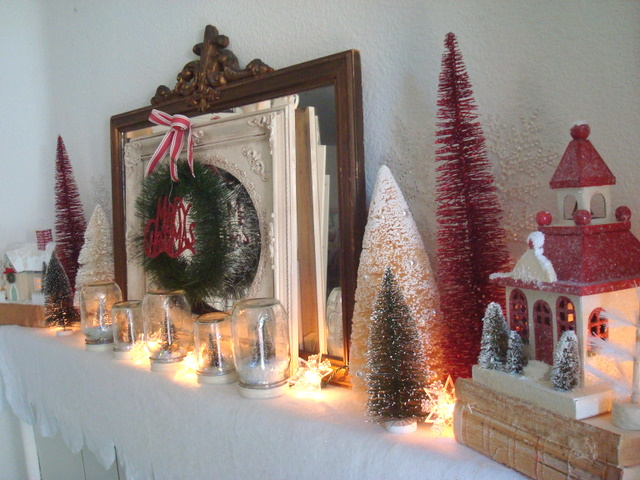 STARSHINE CHIC Bottle Brush Christmas Mantel