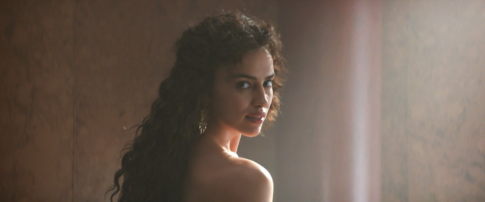 Allie's Entertainment Blog: Russian Model Irina Shayk Is ...