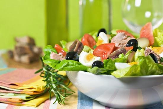 Средиземноморский салат Ницца