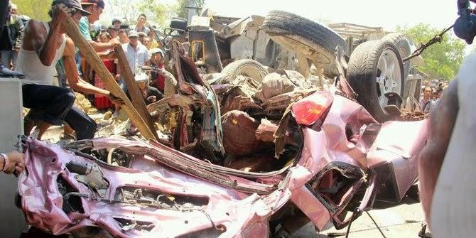 Ini Dia Video CCTV Kecelakaan Suramadu