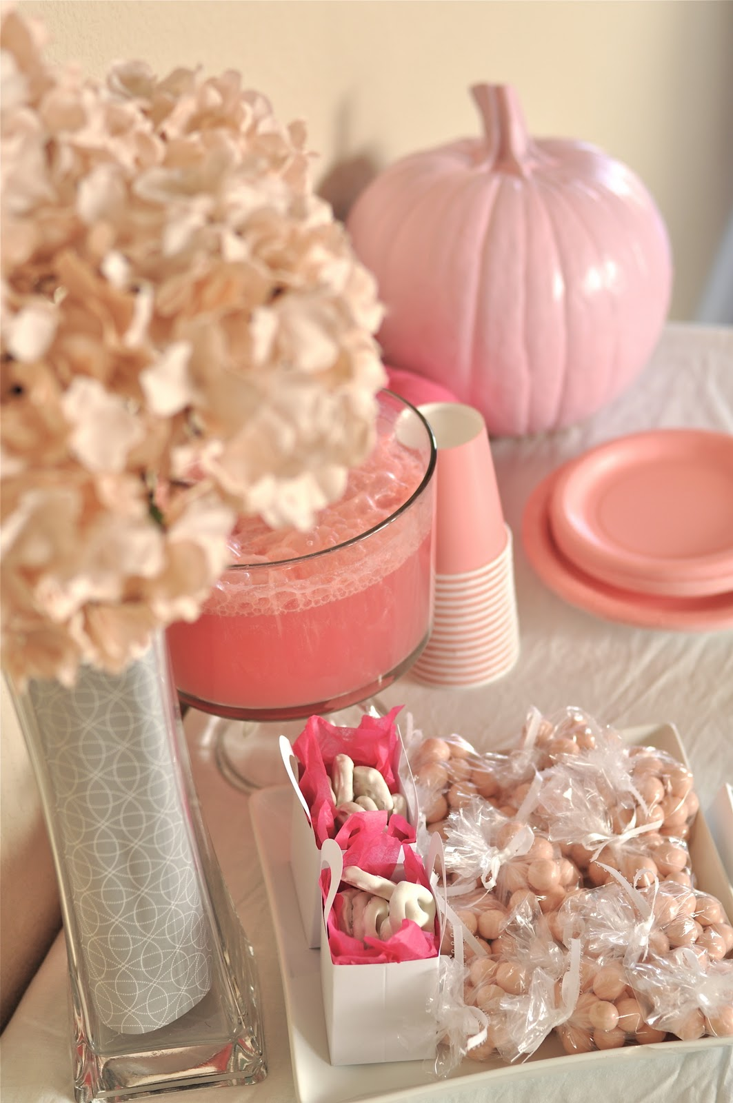 creative juice our parties little pumpkin girl baby shower. Black Bedroom Furniture Sets. Home Design Ideas