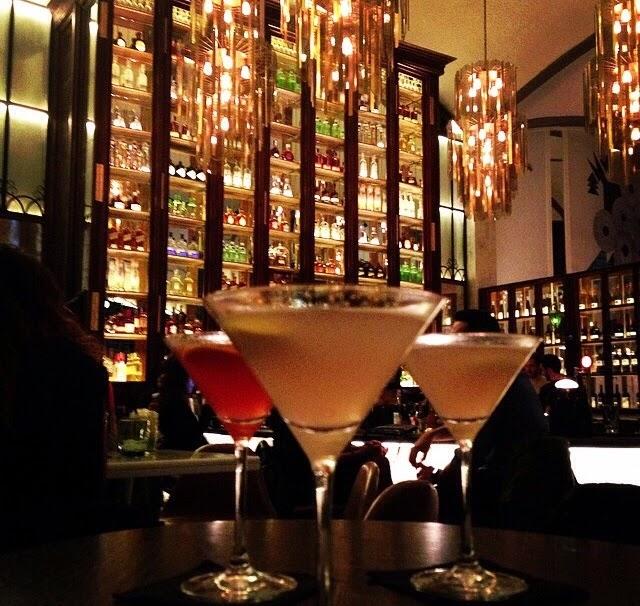 barcelona restaurante noche cocktail el nacional copas mágica bcn