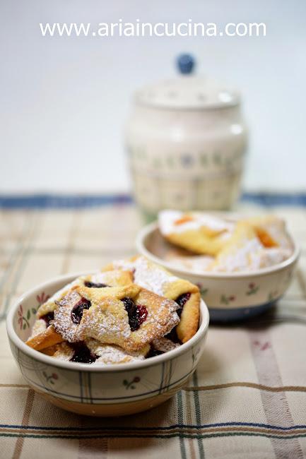 Blog di cucina di Aria: Nastrini alla confettura per una remigina