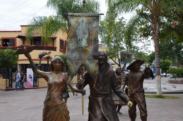 Estatua El grito Continúa