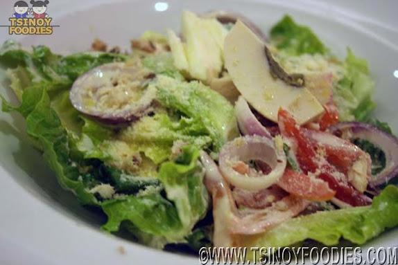 villas caesar salad