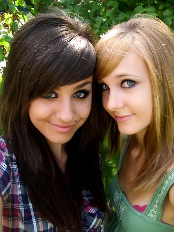 GF Bucket: Hot amateur teens of facebook