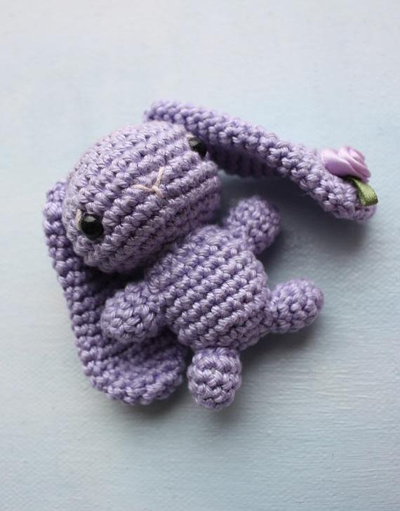 Tiny Amigurumi Rabbit : HAPPYAMIGURUMI: Tiny amigurumi bunnies!