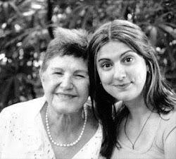 Dona Zélia e Luciana