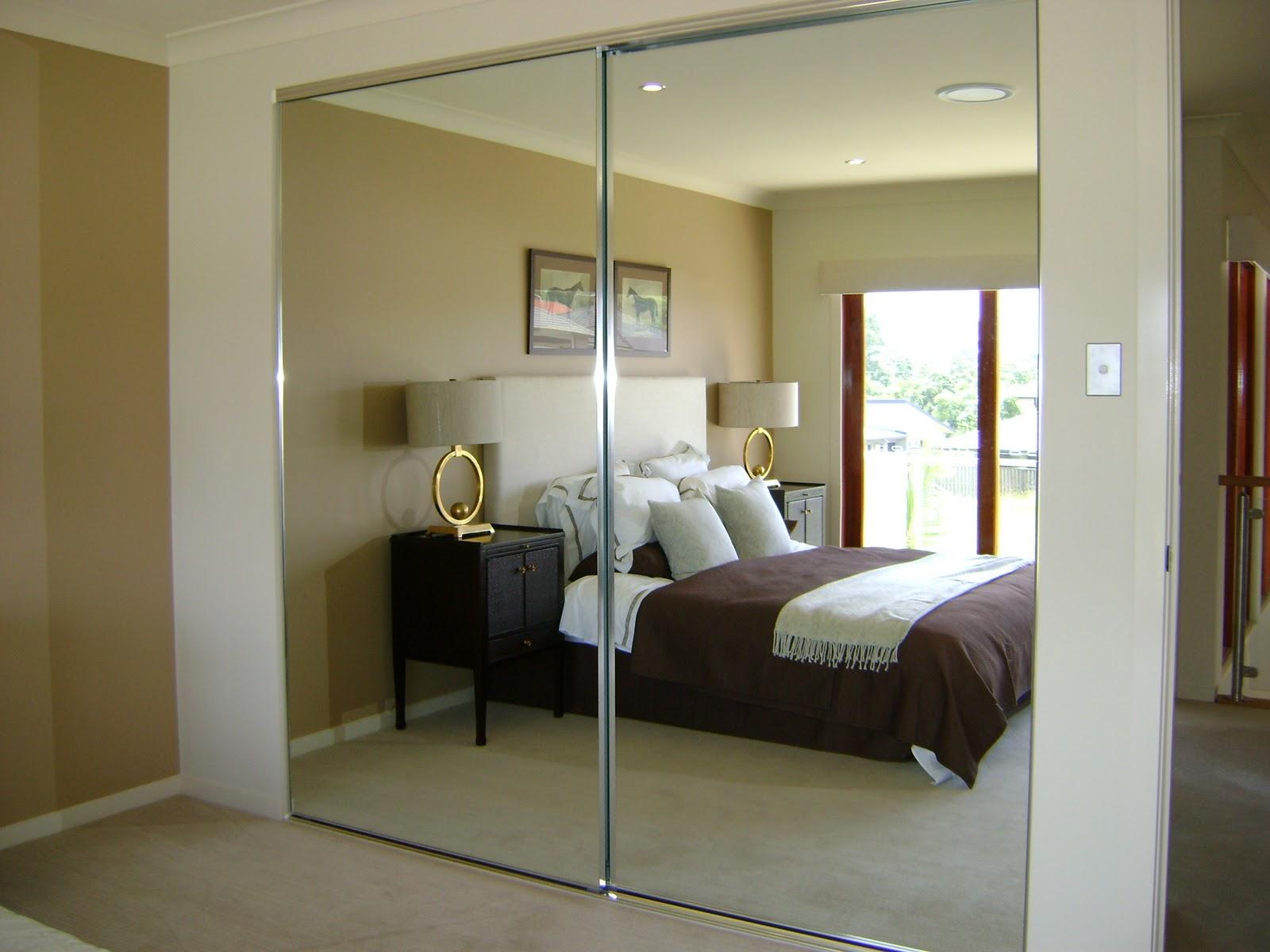 Robe Doors Mirrored