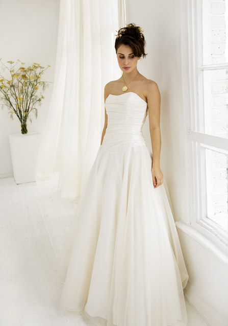 Unique Wedding Ideas 2010 Summer Wedding Dress