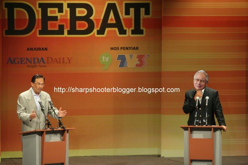 http://3.bp.blogspot.com/_-0saaYhDx_s/TS_N7AFlmAI/AAAAAAAAIAc/gvwE3skONNU/s1600/debat.JPG