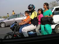 Moto 4 pasajeros, India, vuelta al mundo, round the world, La vuelta al mundo de Asun y Ricardo