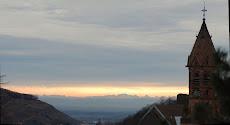 L'église de Buhl et les alpes