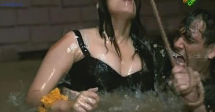 manisha koirala very very hot sex opan photo