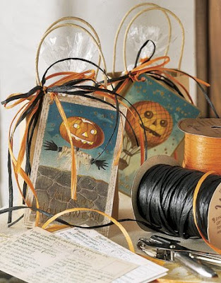 Room to inspire for the love of halloween for Home craft expressions decor