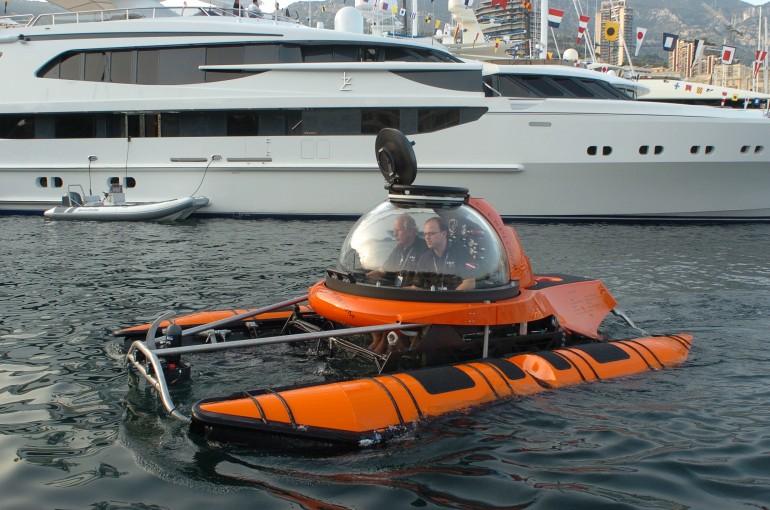 подводная лодка типа катамаран