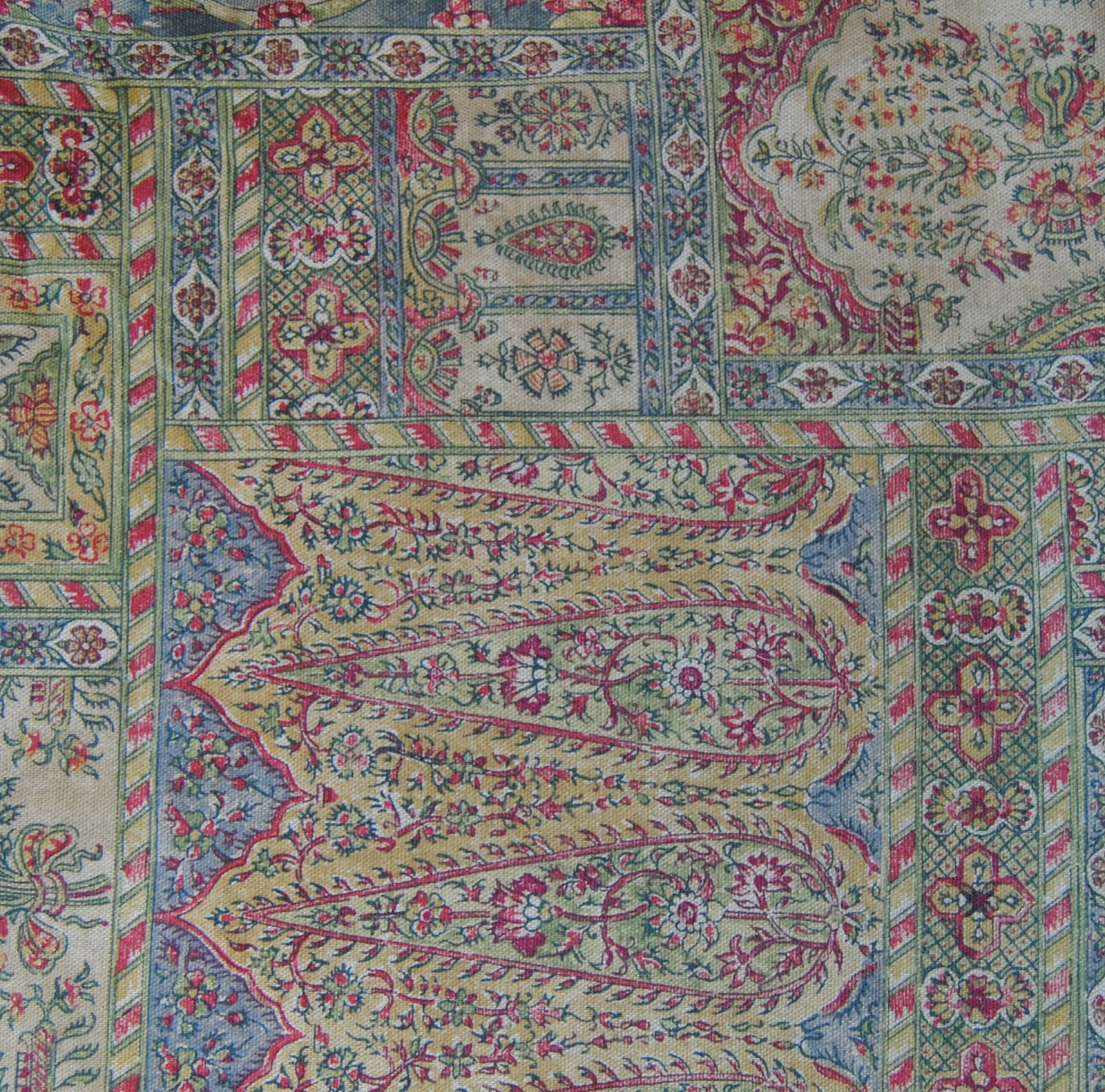Very Best Tapestry Upholstery Fabric 1600 x 1582 · 763 kB · jpeg