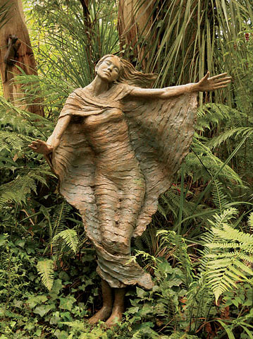 Green Sculptures Garden in Australia Pictures | Amazing Sculptures Garden Made By Great Artist Bruno Torf Seen On www.coolpicturegallery.us