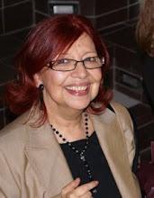 Ms.MARÍA CHÉVEZ