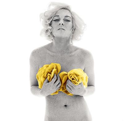Lindsay Lohan fazendo topless no estilo Marilyn Monroe