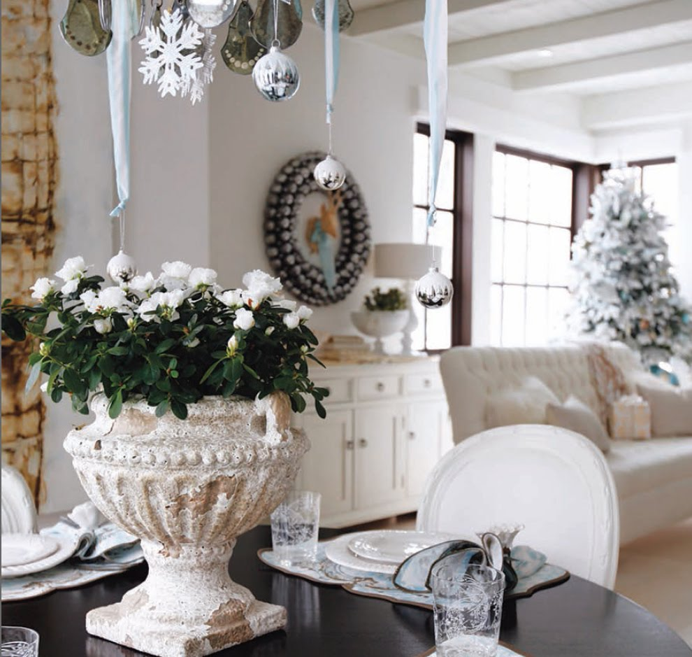 Home interior pictures christmas decorating ideas part 6 for Interior home christmas decorations