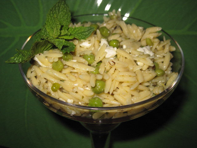 Summertime Greek Orzo Salad Recipe