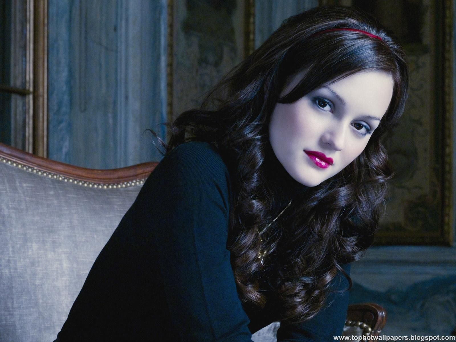 Leighton Meester Hairstyles And Fashion Mode In 2011