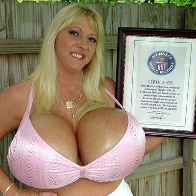 alive biggest boobs