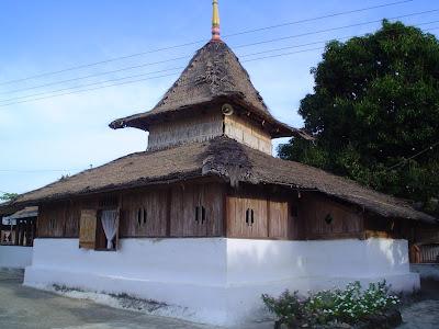 Menelusuri Jejak Peradaban Islam di Nusa Apono
