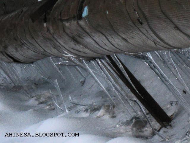 сосульки, зима, снег, труба