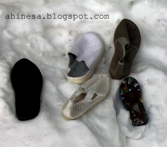 тапки, снег, зима, прикол