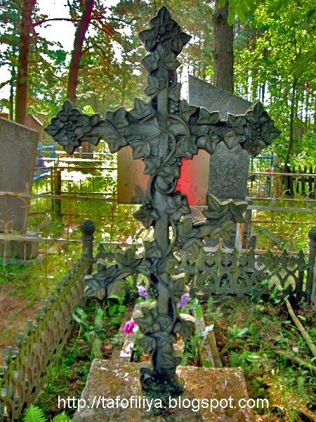 крест, кладбищенский крест, кладбище, памятник, Поречье, поречское кладбище
