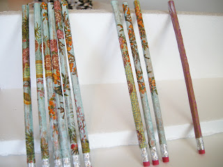 Mod Podge Pencils, DIY Pencils, Pretty pencils, embellished pencils, Easy Crafts, Mod podge