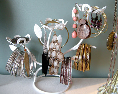 DIY Jewellery holder, Junk Recycle, jewellery storage