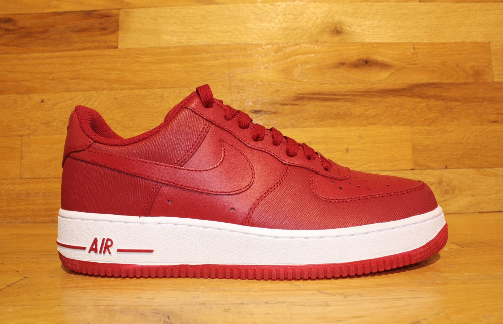 Dr Jays Stores New Nike Air Force One Valentine S Day Available Now