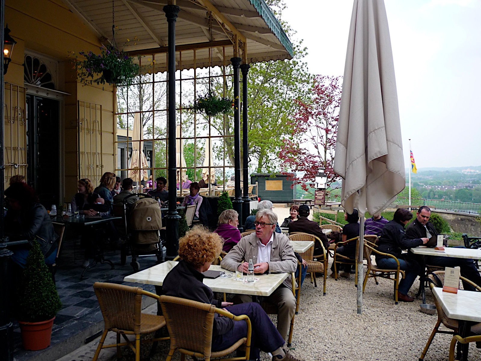 Things you didn 39 t know about belgium how to do a terrace for Terrace meaning in english