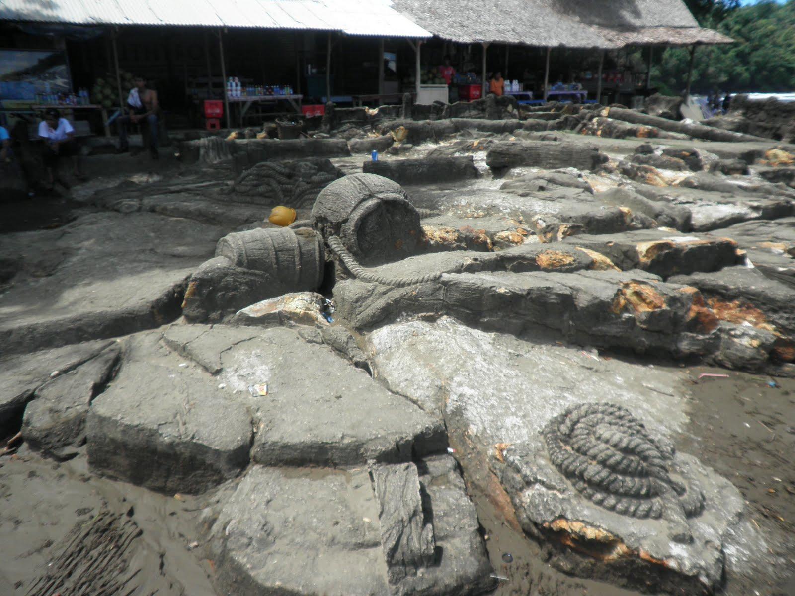 Foto patung batu malin kundang 58