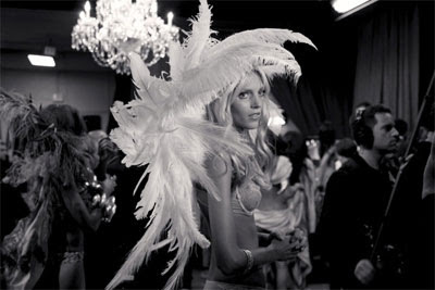 Fashion Show 2011 on In A Foreign Land  Backstage With Victoria S Secret Fashion Show 2011
