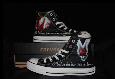 Twilight custom Converse