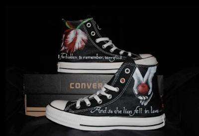 Twilight custom Converse