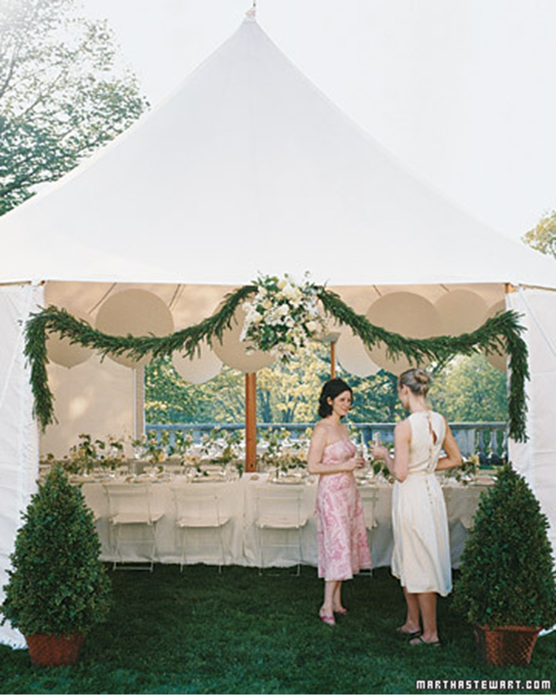 Once a bride an outdoor affair for Outdoor reception decorations